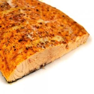 Лосось филе горячего копчения с ароматными травами 0.5 кг.